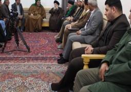 سماحة المرجع السيد الحكيم يستقبل وفد علماء الرباط المحمدي في محافظة الأنبار، ويوصي (مدّ ظله) العراقيين إلى مزيد من التواصل والتآخي والألفة لبناء بلدهم
