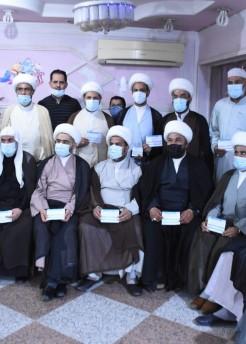 مكتب المرجع اليعقوبي يقيم مبادرة لتطعيم الفضلاء بلقاح كورونا ويشيد بجهود العاملين في المراكز الصحية