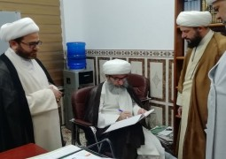 آية الله الشيخ السيفي  المازندراني يشيد بعمل  مركز الامام الصادق( ع )