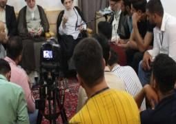 سماحة المرجع الحكيم يوجه طلبة الجامعات العراقية باستثمار الفرص لبناء مستقبلهم وترجمتها بمزيد من التوادد والتواصل والاحترام بما يحقق التعايش السلمي، والابتعاد عن الفرقة والاختلاف والتنازع .