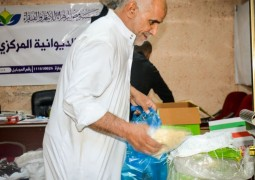 مؤسسة فيض الزهراء (ع) تجهز أكثر من 300 سلة غذائية ليتم توزيعها للعوائل المتعففة