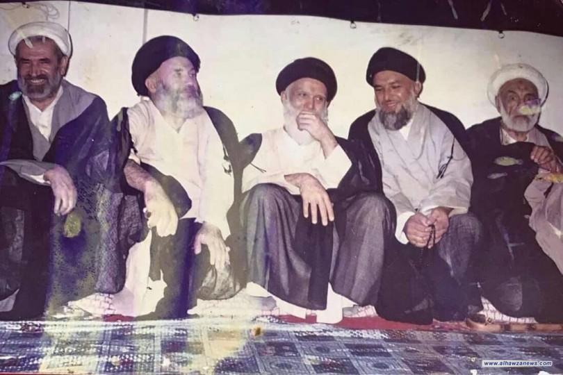 صورة نادرة يظهر فيها السيد الشهيد الصدر الثاني قدس والشيخ المرحوم باقر شريف القرشي