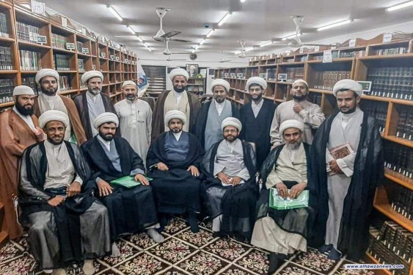 """مكتب فضلاء النجف الاشرف ينظم دورة عن """" كيفية الوصول لحالة المسجد المثالي"""""""