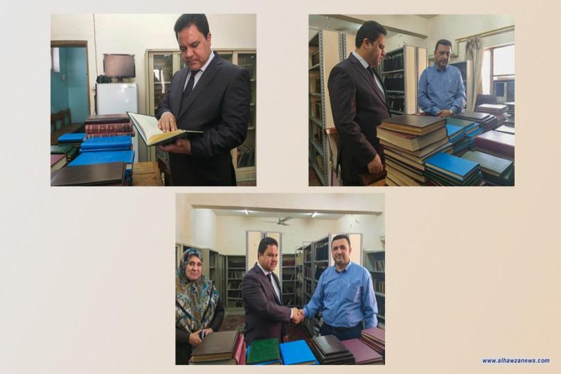 العتبة الحسينية تساهم باعادة الحياة لـ(228) كتاب نادر ومهم في أحدى اهم المكتبات في العراق