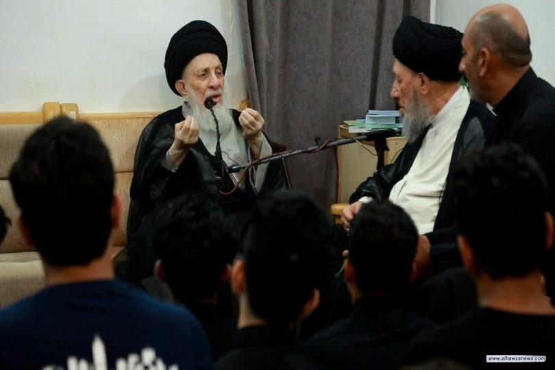 السيد الحكيم يوصي خدمة الإمام الحسين(ع) لأن يكونوا نموذجا بالالتزام الديني والأخلاق المستمدة من سيرة المعصومين(ع)